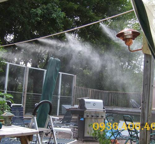 may-phun-suong-fog-2106-dai-loan-2
