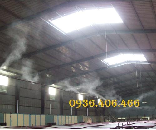 may-phun-suong-fog-2703-dai-loan-2