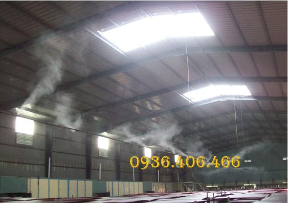 Máy bơm phun sương FOG 2703